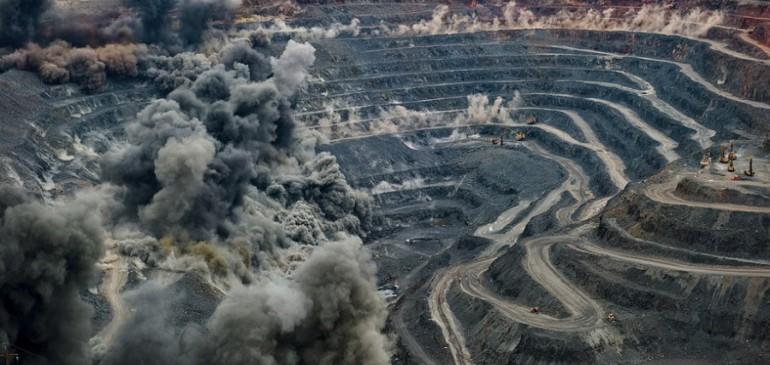 Падение рубля укрепило «русское» золото